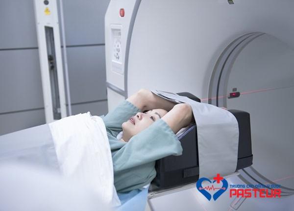 Tìm hiểu về kỹ thuật chụp PET/CT trong y học hiện đại