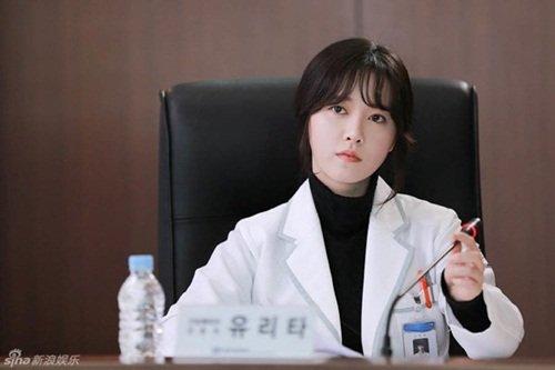 Bác sĩ có nét tướng thay đổi thế nào thì dễ gặp tai nạn nghề nghiệp?