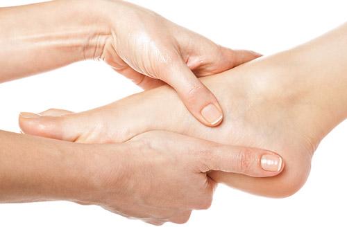 Tiết lộ cách xoa bóp bấm huyệt gan bàn chân chữa bệnh cho con người