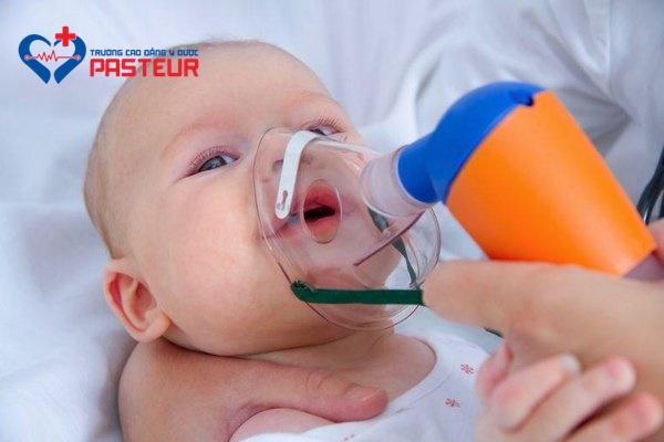 Phòng tránh viêm phế quản phổi cho trẻ khi thời tiết chuyển mùa